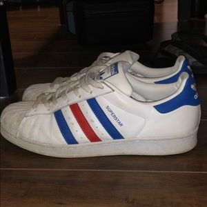 Adidas classic      Red/white/blue